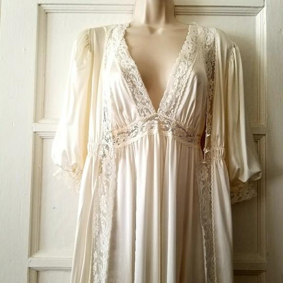 3fb5ef226b Vintage Intimates   Sleepwear